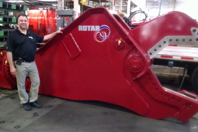 19.000 lbs (8500kg) shear to cut tons of steel in a blink of an eye!